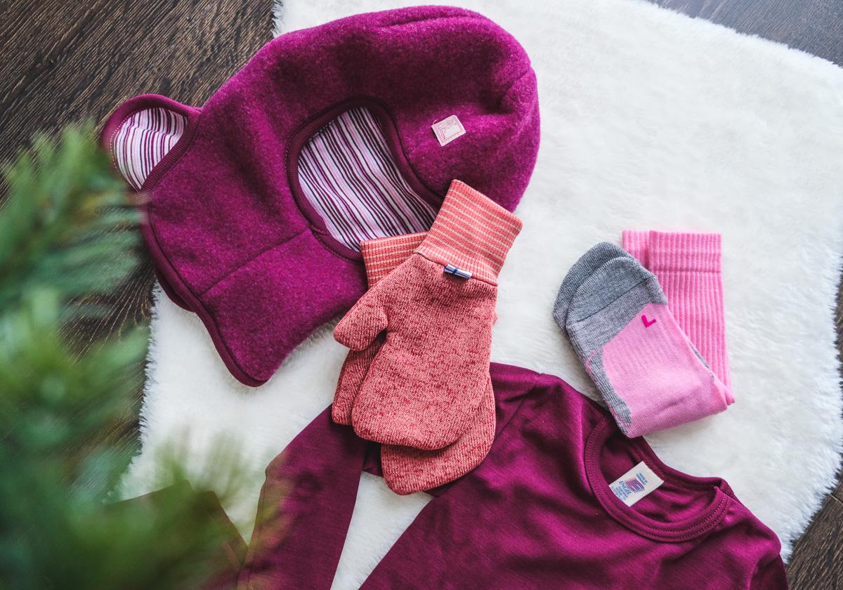 Mit dieser Kinderkleidung warm & trocken durch den Winter: Das sind unsere liebsten Winter Basics für Kinder!