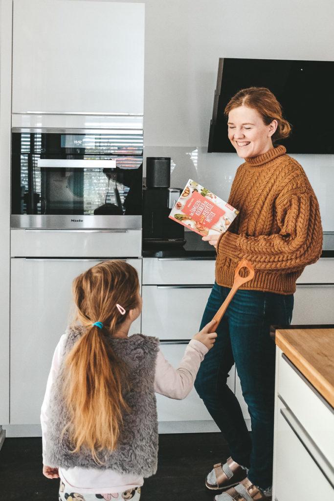 Mit Kindern kochen und Familienzusammenhalt stärken