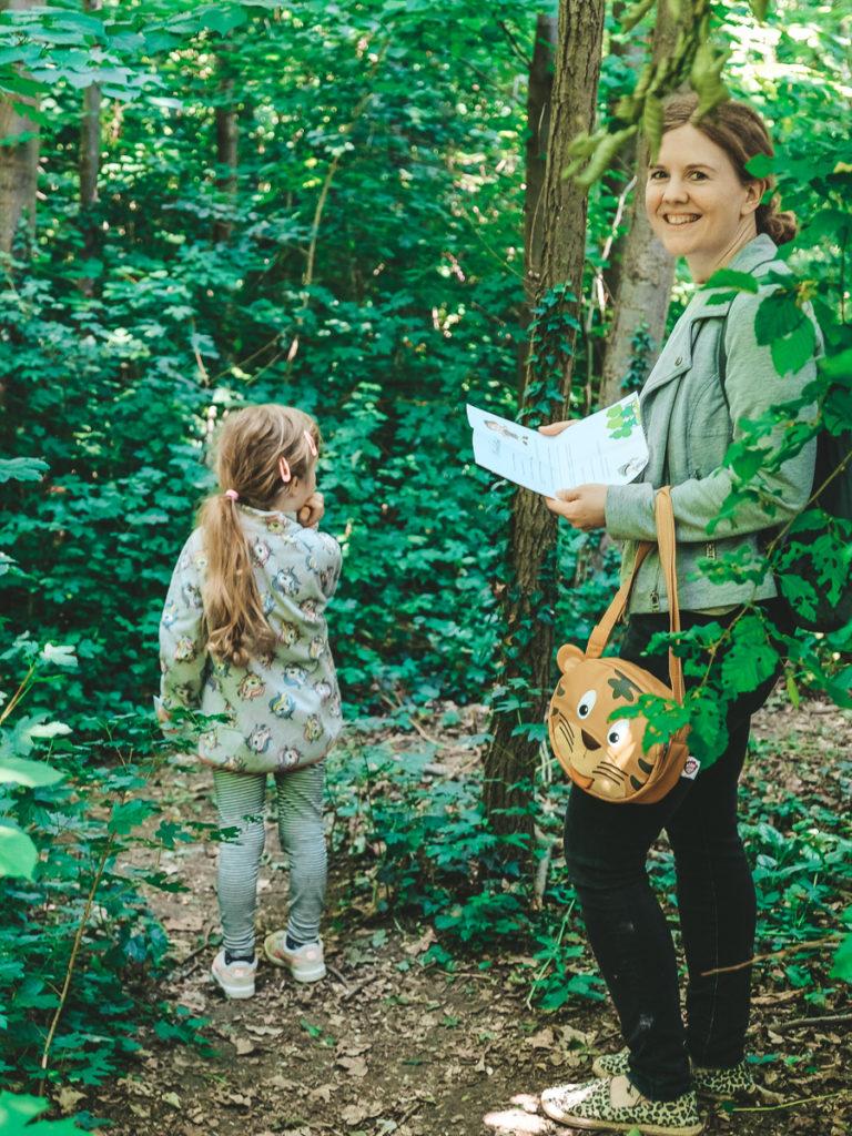 Waldrallye Ideen für Kinder Fragen Vorlage zum Ausdrucken