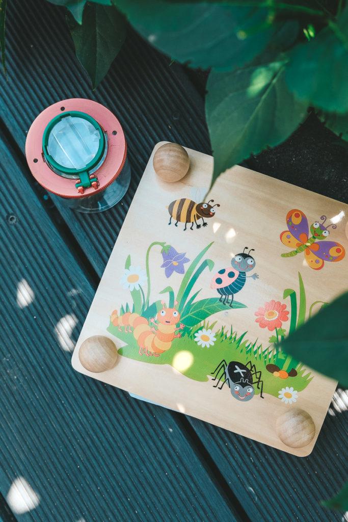 Becherlupe und Blumenpresse für Kinder