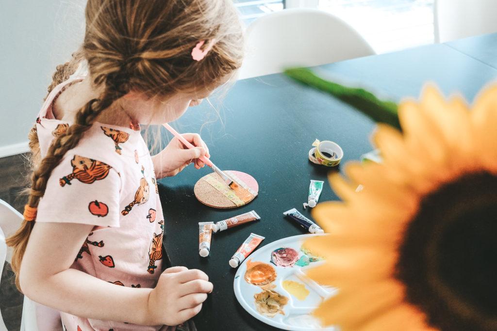 Sonnenblumen basteln mit Kindern Ideen