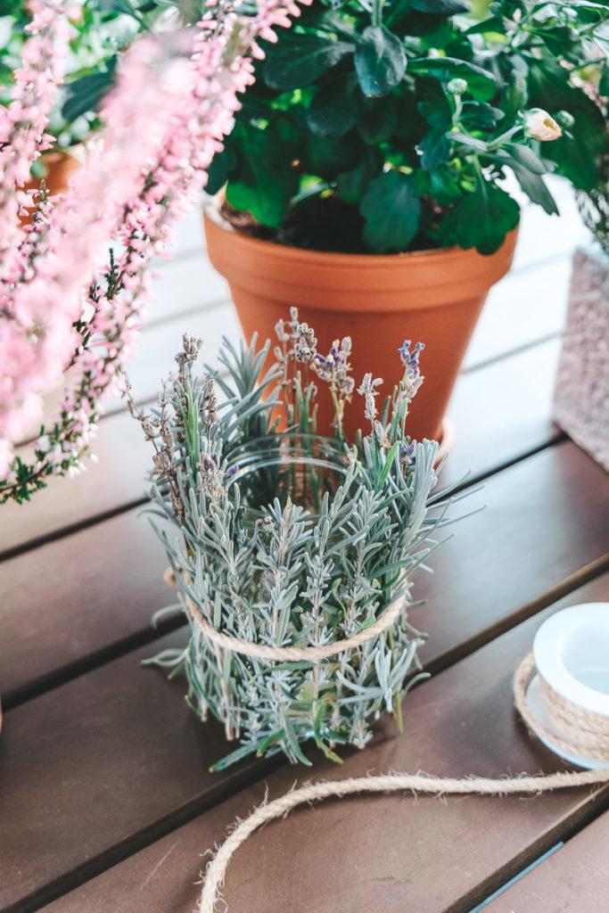 DIY Windlicht basteln mit Lavendel Anleitung