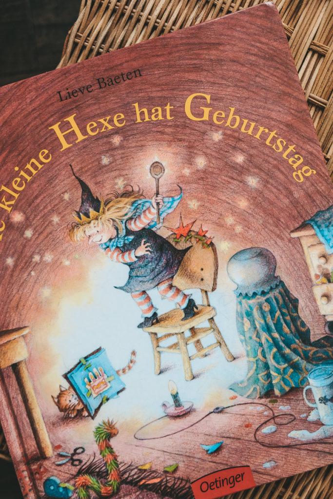 Die kleine Hexe hat Geburtstag Lieve Baeten Geschenkidee für Kinder
