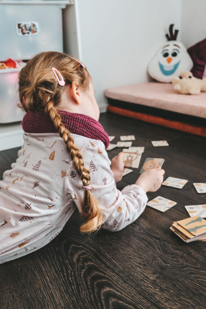 Kinderkleidung aus Wolle und Seide Vorteile