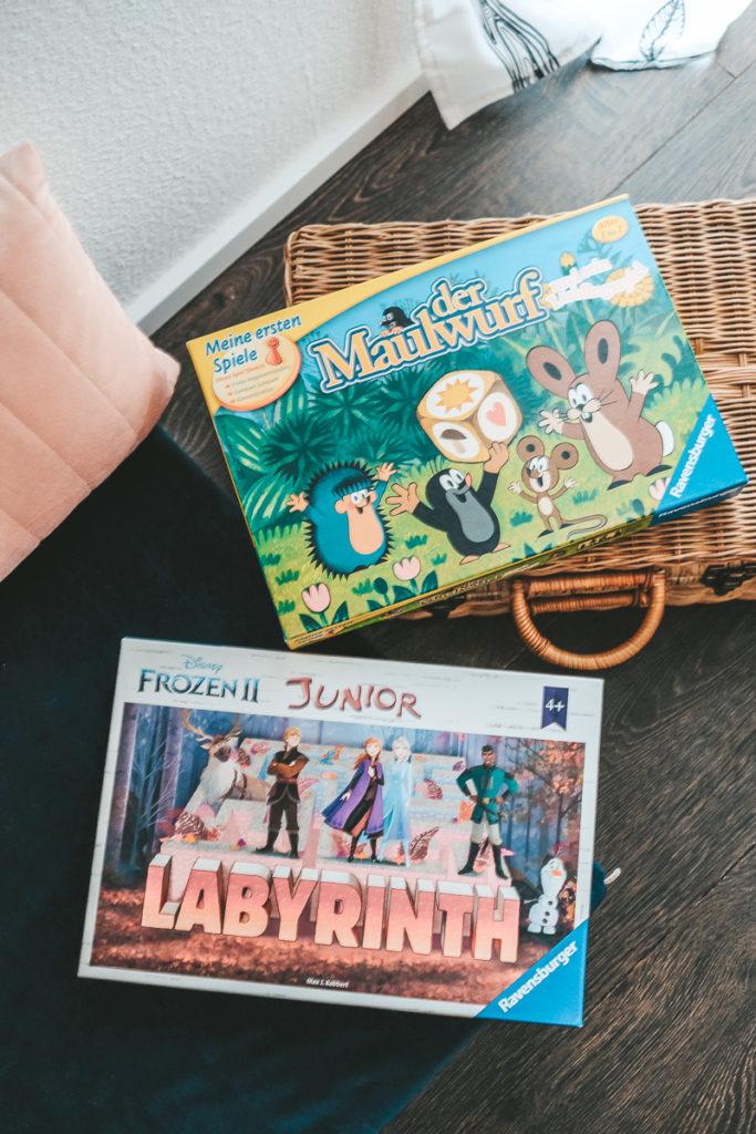Familienspiele und Gesellschaftsspiele für Kinder und Erwachsene Tipps