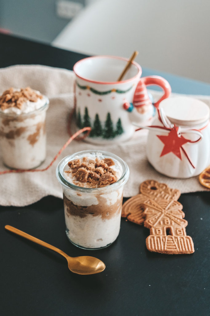 Spekulatius Nachtisch Dessert Creme mit Quark Rezept